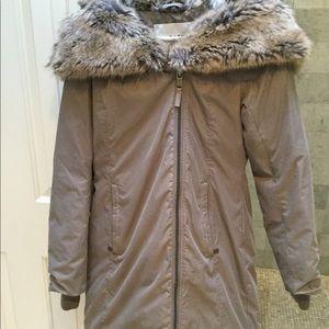 XXS Babaton goose down coat w faux fur hood/cape